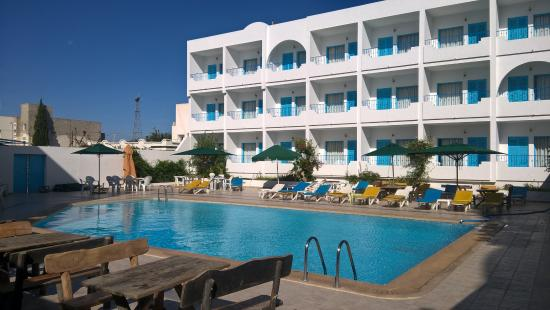 Hotel Les Citronniers: piscina
