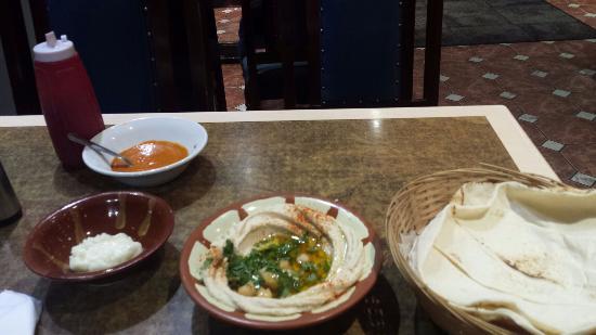 Abu Ali: Hummus
