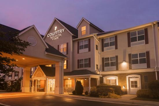Country Inn & Suites By Carlson, Columbus (Fort Benning): Exterior