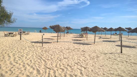 Hotel Les Citronniers: spiaggia hotel