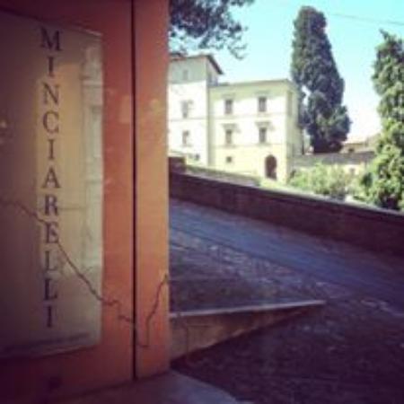 Todi, Italie : Vista dall'interno