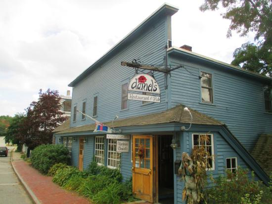 Henniker, Nueva Hampshire: Exterior View