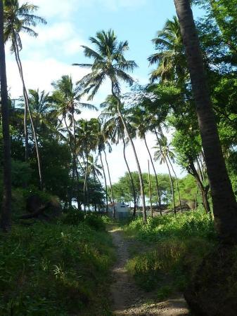 Tarrafal, Cabo Verde: Weg zum Strand