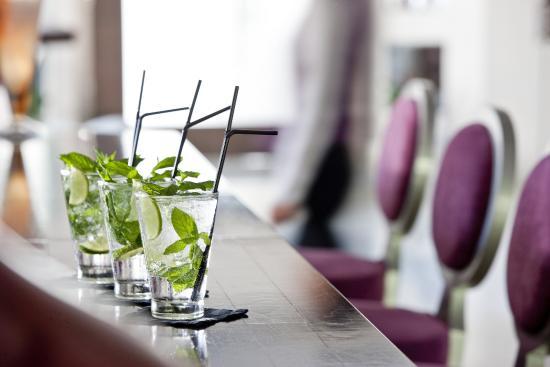 The Lesante Luxury Hotel & Spa: Piano Bar