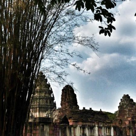 Blick - Picture of Prasat Hin Phimai (Phimai Historical ...