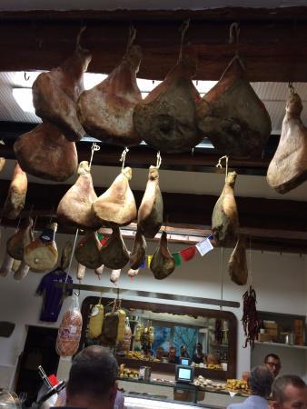 Vicchio, Italia: Hams