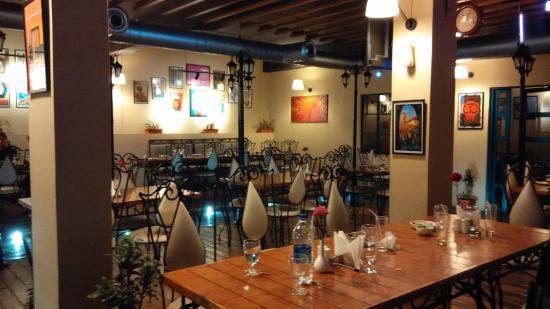 10 Park Street, Cafe & Kitchen