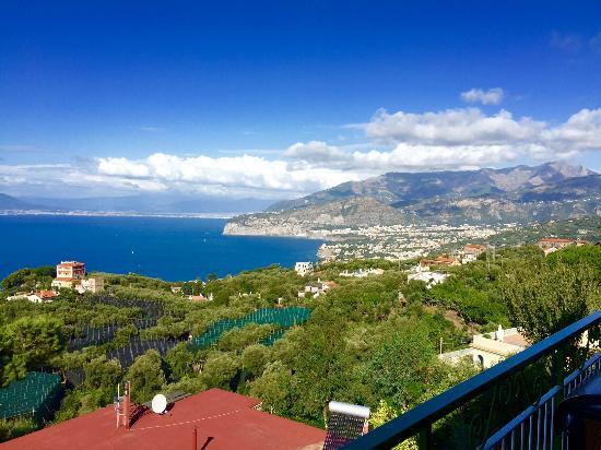 Il Nido Hotel Sorrento: Vista desde la terraza del restaurant / desayunador.