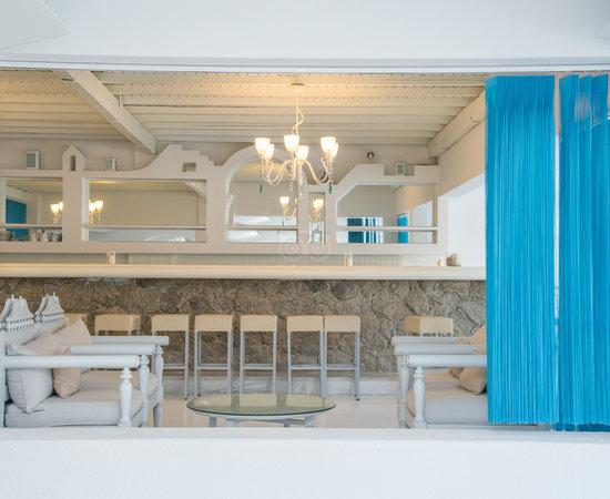 Aphrodite Beach Hotel Mykonos Contiki
