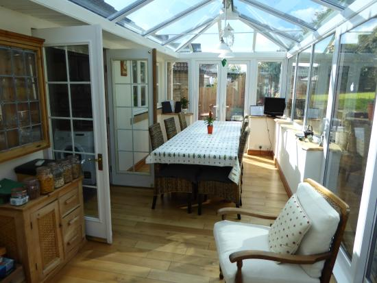 Camerton, UK: Breakfast room from the conservatory