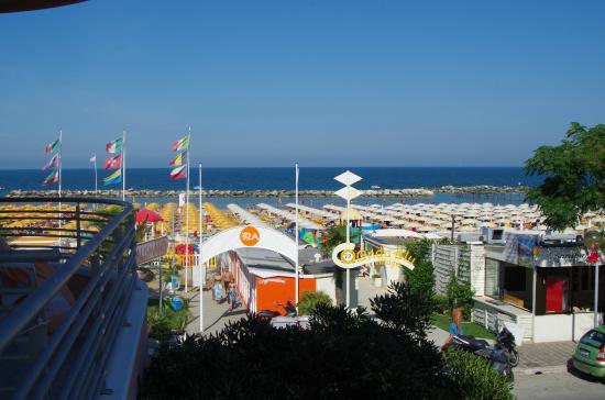 Hotel Villa Mauri : Vue sur la plage