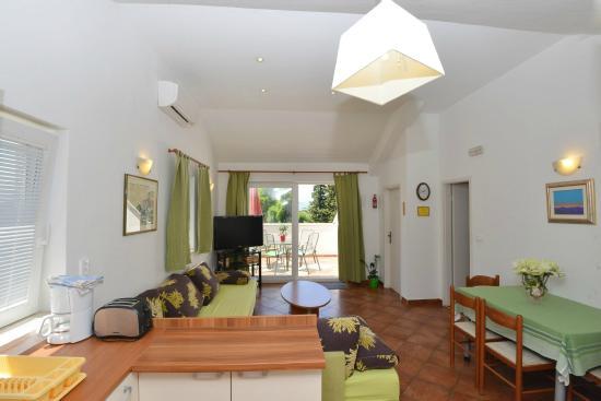 Villa elly apartments dubrovnik croatie voir les for Chambre 507 avis