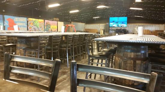 Mad Beach Craft Brewing Company: Inside Of Mad Beach