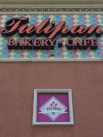 Tulipan Bakery & Cafe