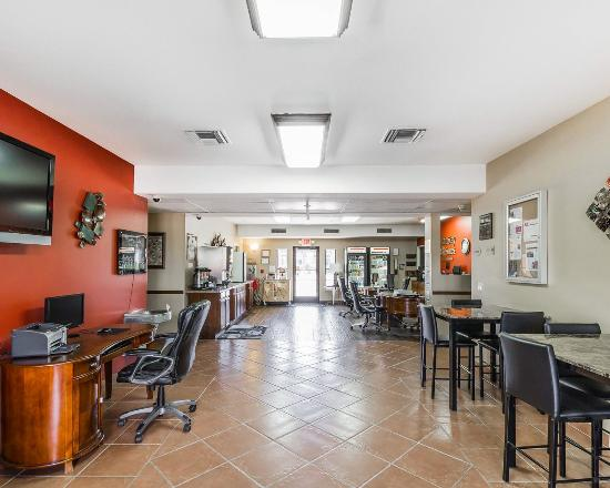 MainStay Suites Casa Grande: AZBkfast