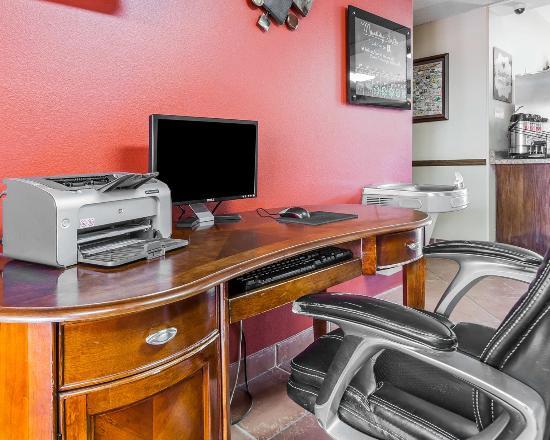 MainStay Suites Casa Grande: AZComp