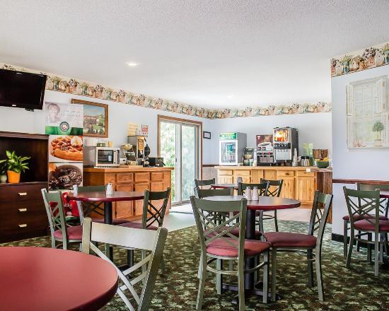 Quality Inn Lakefront: MIBkfast