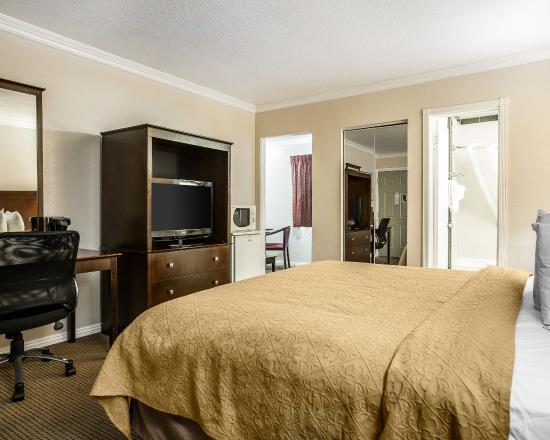 Quality Inn Thousand Oaks: CAASNK