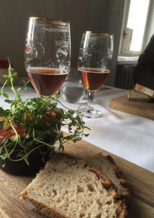 Sakskøbing, Danmark: Dejlig anrettet frokost, her kyllingesalat.