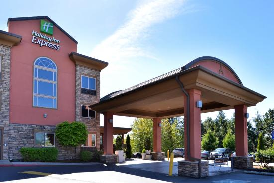 Holiday Inn Express Portland South - Lake Oswego: Hotel Exterior