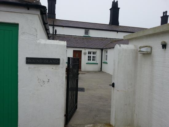 Lizard Lighthouse Cottages: Entrance