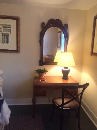 Falls Village, CT: Desk area in bedroom