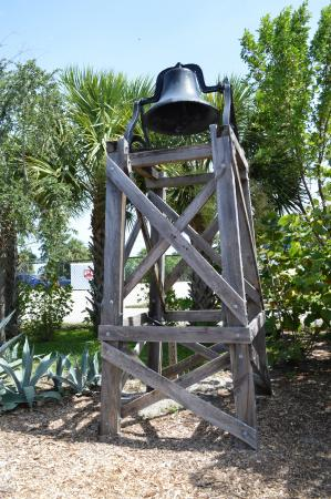 Jupiter, FL: Pennock Plantation bell.