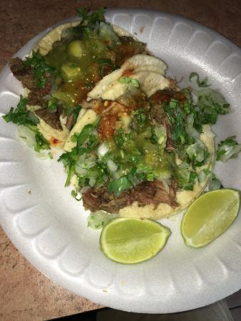 Lilly's Tacos: photo0.jpg