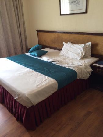 Safina Hotels : Bed