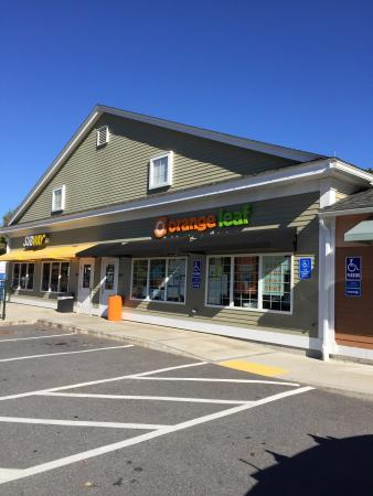 Acton, MA: Orange Leaf