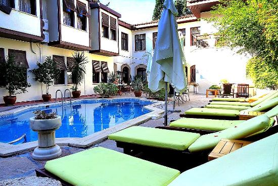 Hotel Aspen: Erholen am Pool