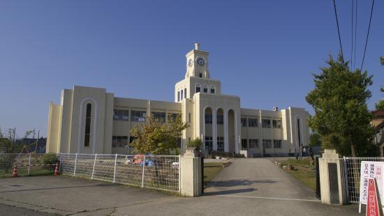 埴生保育所 建物