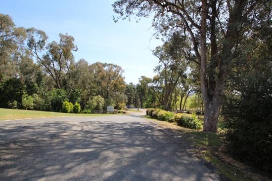 Yackandandah, Αυστραλία: Grounds