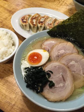 Ippachiyatsukimino