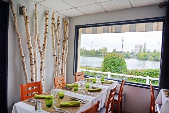 Logis Hôtel des Lacs : Restaurant