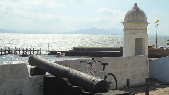 Forte Sant'Anna e Museu de Armas