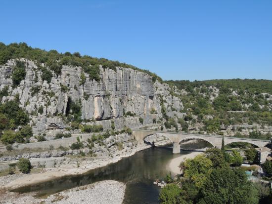 Vue de l 39 ard che depuis les hauteurs de balazuc photo de - Vallon pont d arc office de tourisme ...