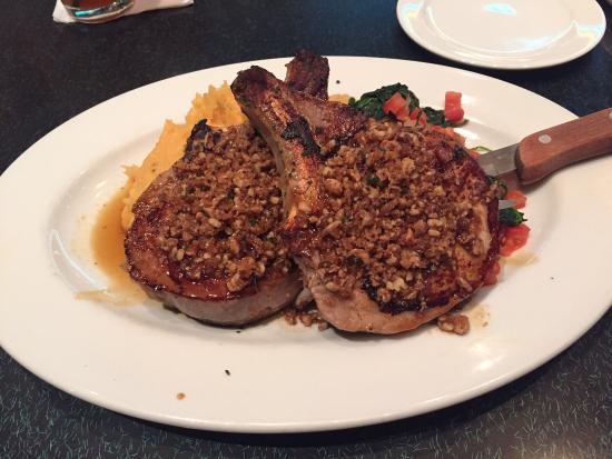 pecan crusted pork chops