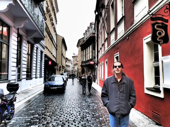 La Boutique Hotel Prague: headless Templar street