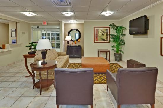 Candlewood Suites Memphis : Hotel Lobby