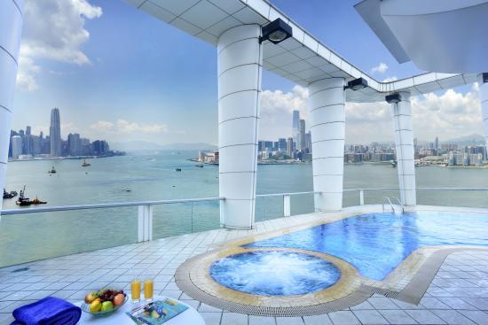 Metropark Hotel Causeway Bay Hong Kong: Swimming Pool at Metropark Hotel Causeway Bay