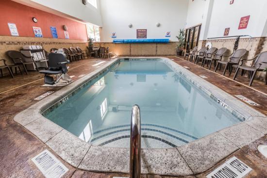 Comfort Inn and Suites Durango, Colorado: POOL