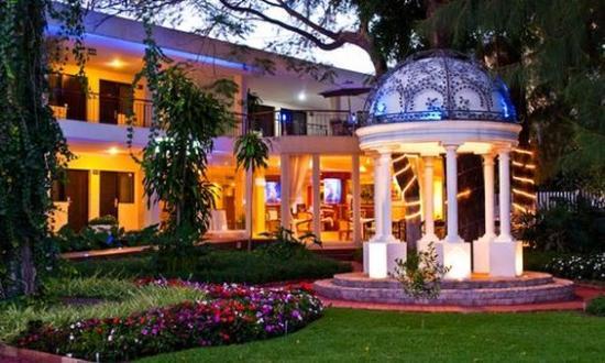 阿爾博里亞飯店
