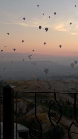 Cappadocia Castle Cave Hotel: Sunrise in Cappadocia