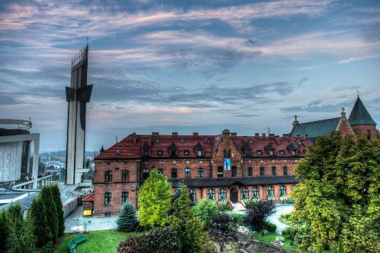 Malarek Tour Poland - Cracow Private Tours, Transfers, Jewish Travel & Genealogy