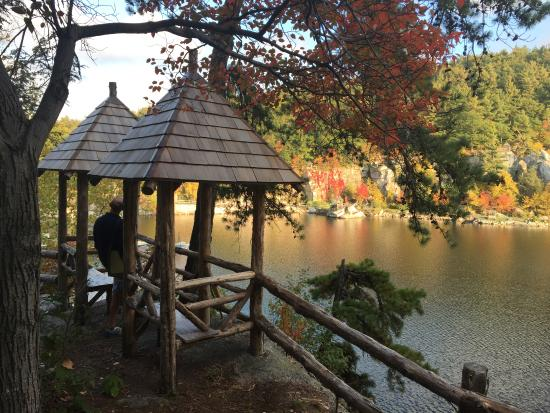Mohonk Mountain House: Just another spot to Ponder
