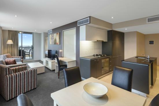 oaks embassy updated 2017 hotel reviews price. Black Bedroom Furniture Sets. Home Design Ideas