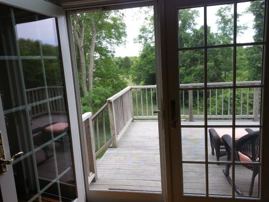 Whalewalk Inn & Spa : French doors to the patio