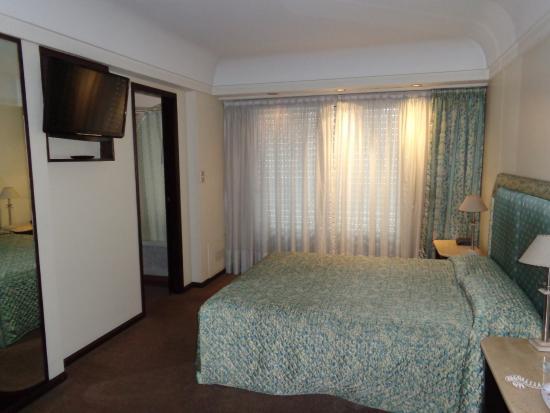 Hotel Plaza del Sol: habitacion