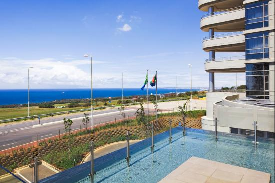 Holiday Inn Express Durban - Umhlanga: 180 Degree Panoramic Sea Views